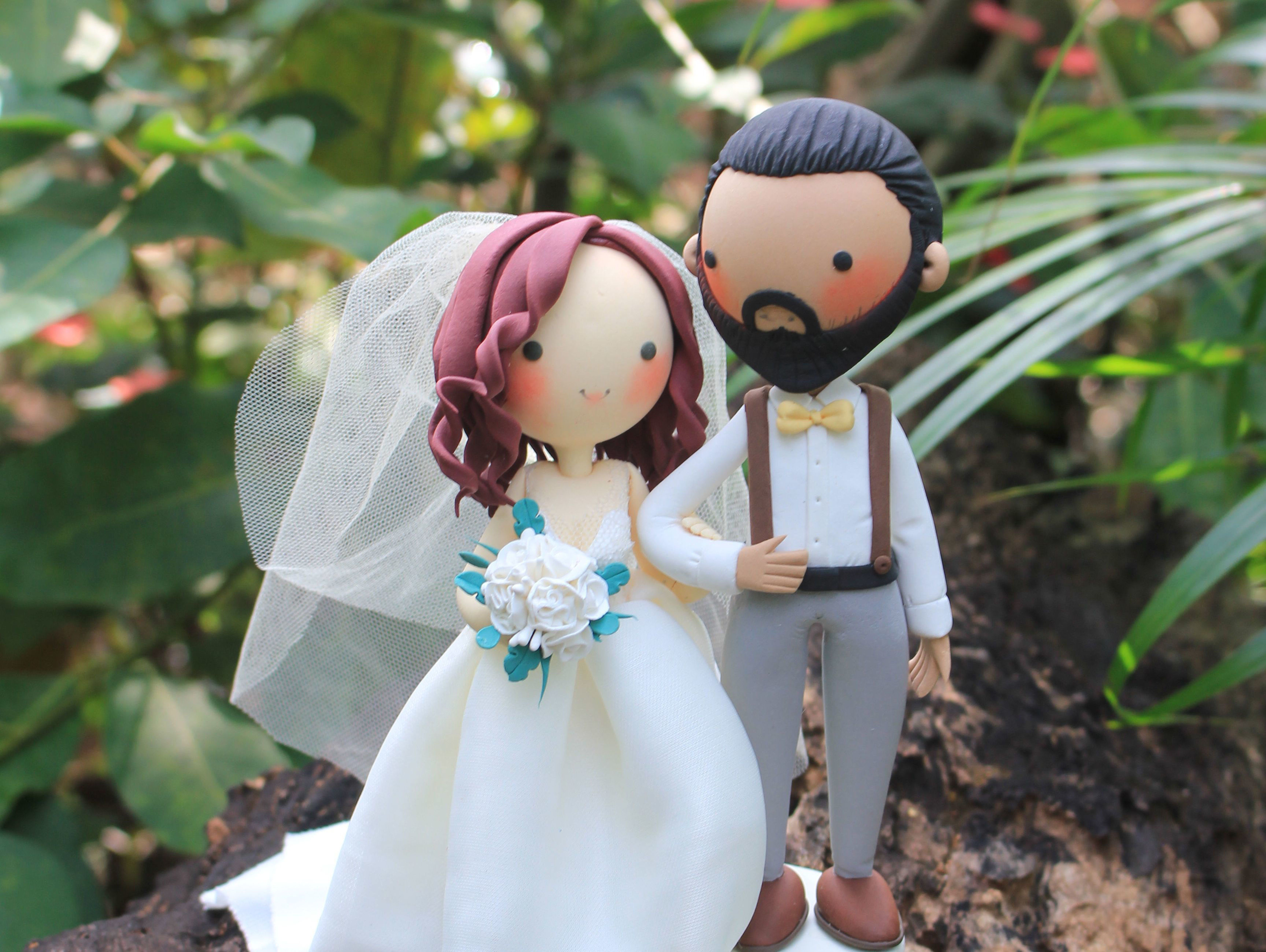 Picture of Beautiful Wedding Cake Topper