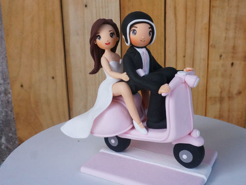 Picture of Vespa Wedding Cake Topper