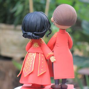 Picture of Bride & Groom Quarantine Wedding cake topper, China and Vietnam wedding cake topper
